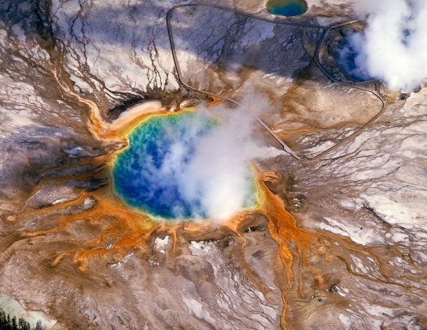 At present, Yellowstone is beautiful and fascinating. Go check it out.  (yellowstone.net)