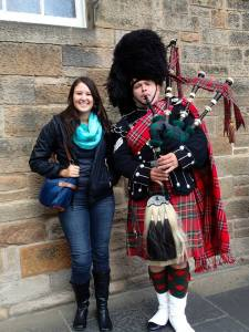Even with her extensive scicomm background, it was challenging for Serena to keep a straight face when presenting to an entire room of Scottish bagpipers.